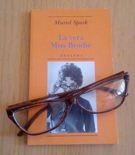 """La vera Miss Brodie"", di Muriel Spark (Adelphi)"