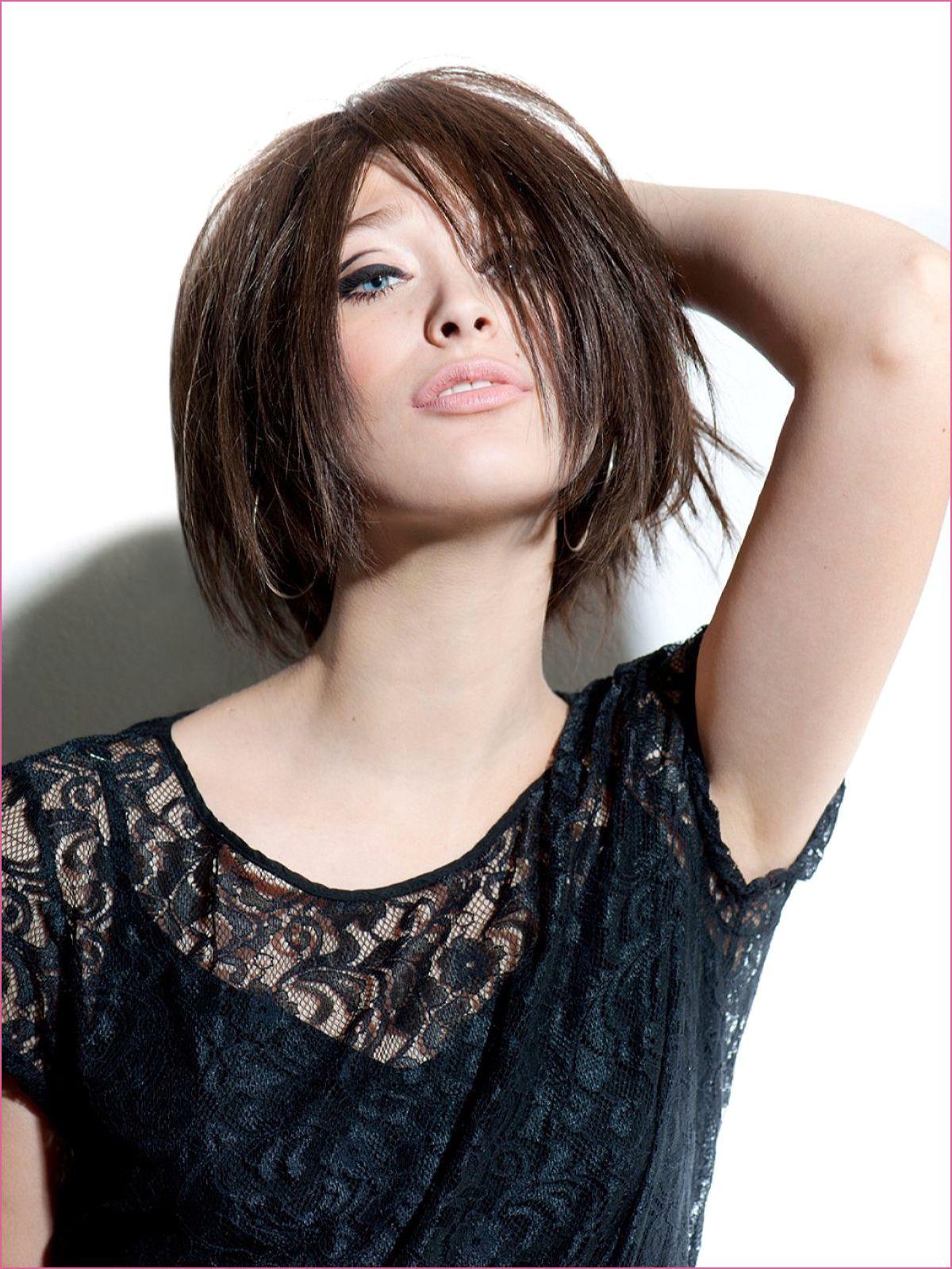 Kurzhaarfrisuren Ohne Scheitel Dunnes Haar Scheitel Trends Bob Hairstyles Short Hair With Layers Hair Styles