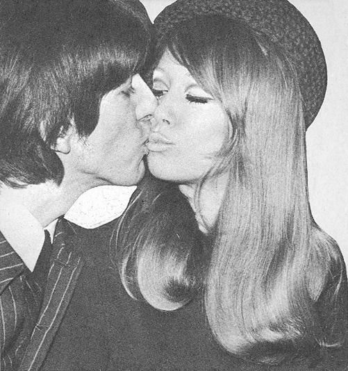 George Harrison And Pattie Boyd The Kiss