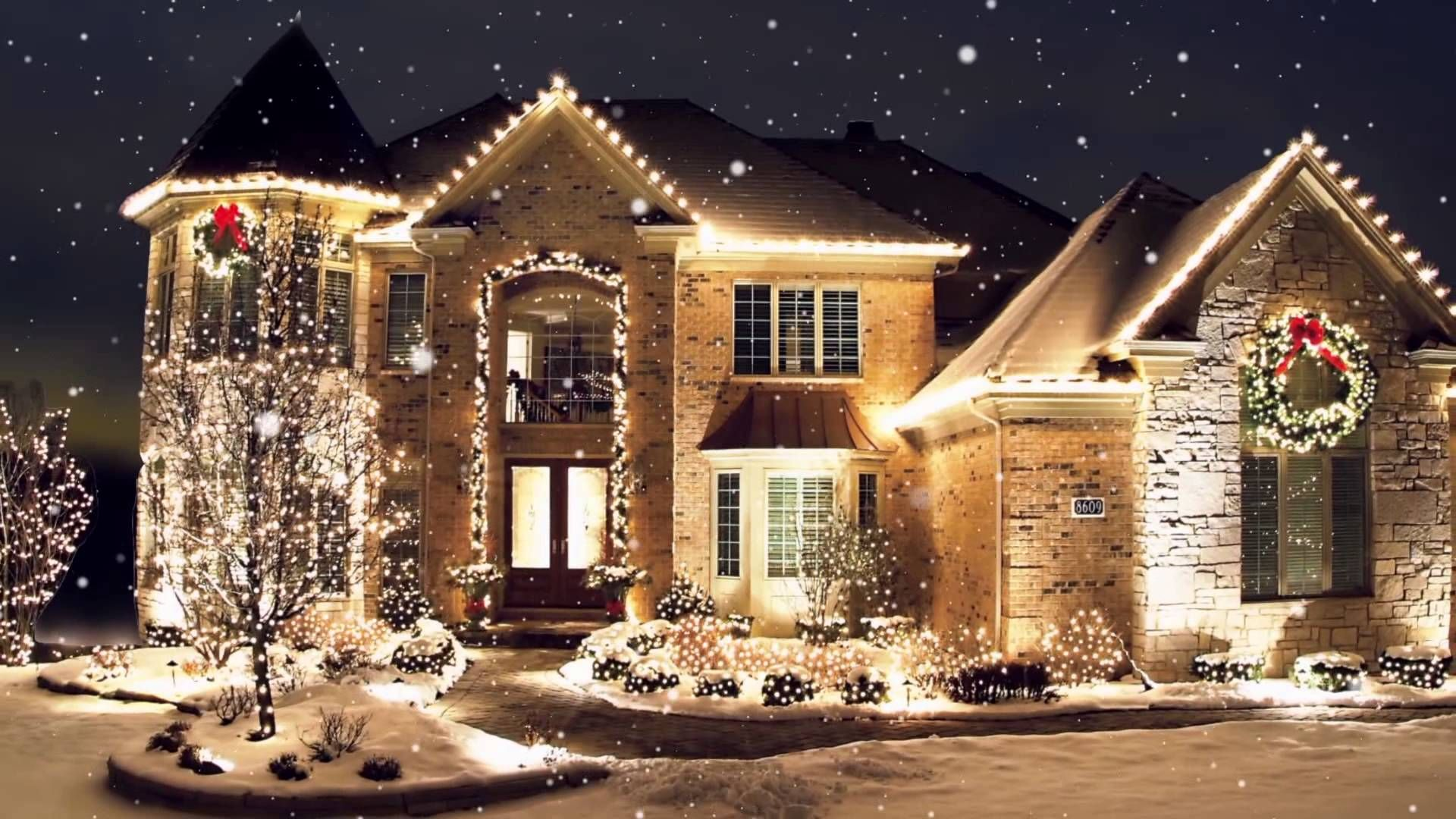 Christmas Preparations Are To Be Started A Few Days Are Remaining Give New Look To Your Hom Led Christmas Lights Christmas Light Installation Christmas Lights