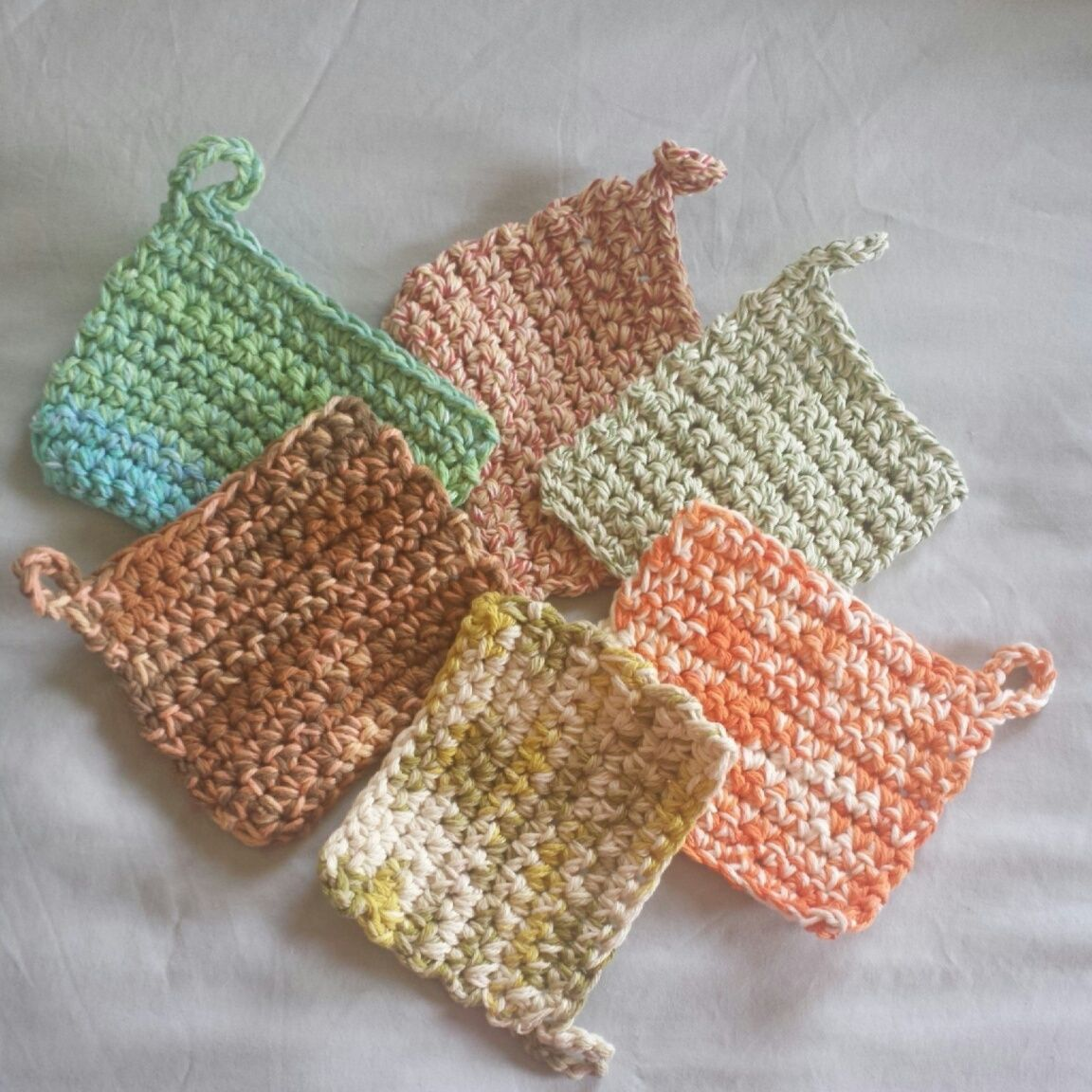 Crochet pot holder kitsch. http://www.poshpatterns.com/blog/free ...