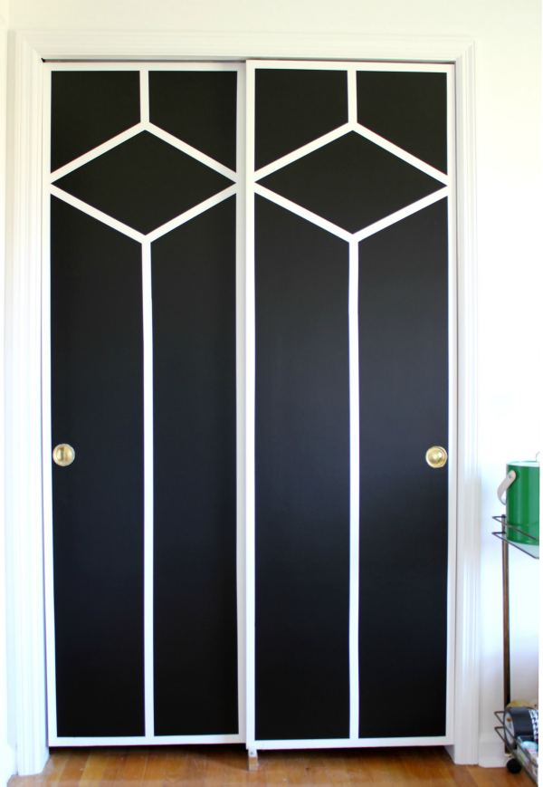 Wall Paint Design Ideas With Tape That Will Completley Transform A Room In 2020 Door Makeover Diy Closet Doors Painted Bedroom Makeover Diy