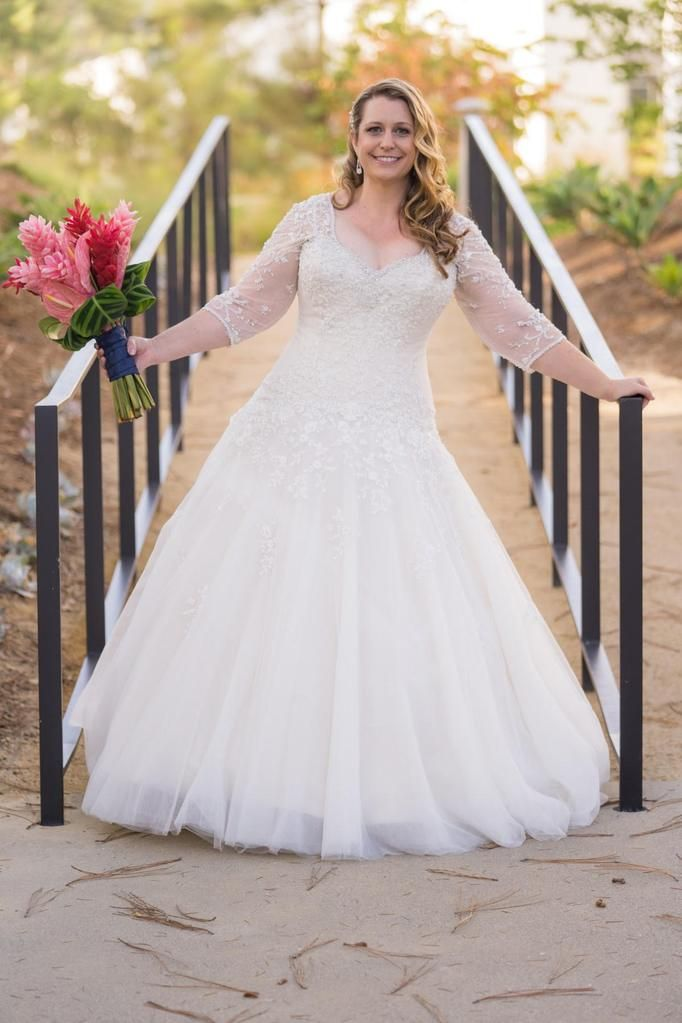 aa5200b07cae Sophia Tolli  Y11637  size 16 used wedding dress front view on bride