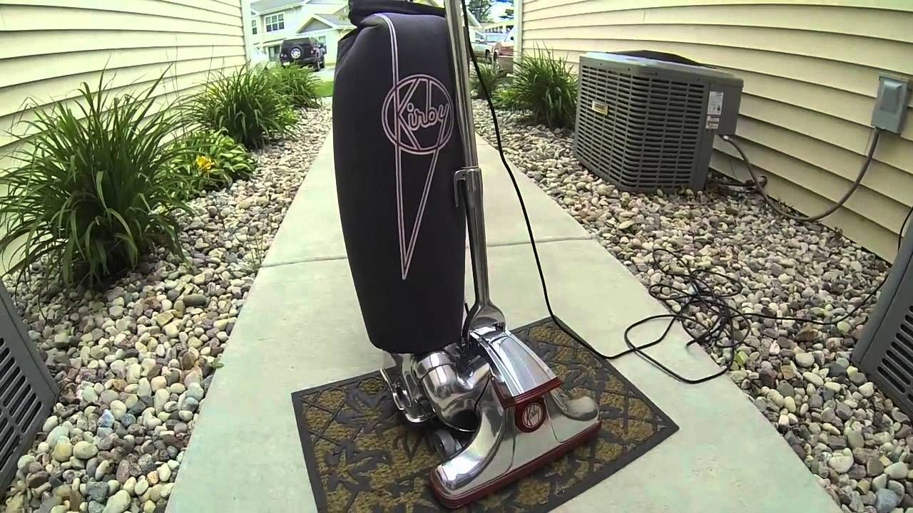 Kirby Reviews Complain About Service While Vacuum Cleans Up Http Www Thedigitalbridges Com Kirby Rev Kirby Vacuum Cleaner Kirby Vacuum Vacuum Cleaner Reviews