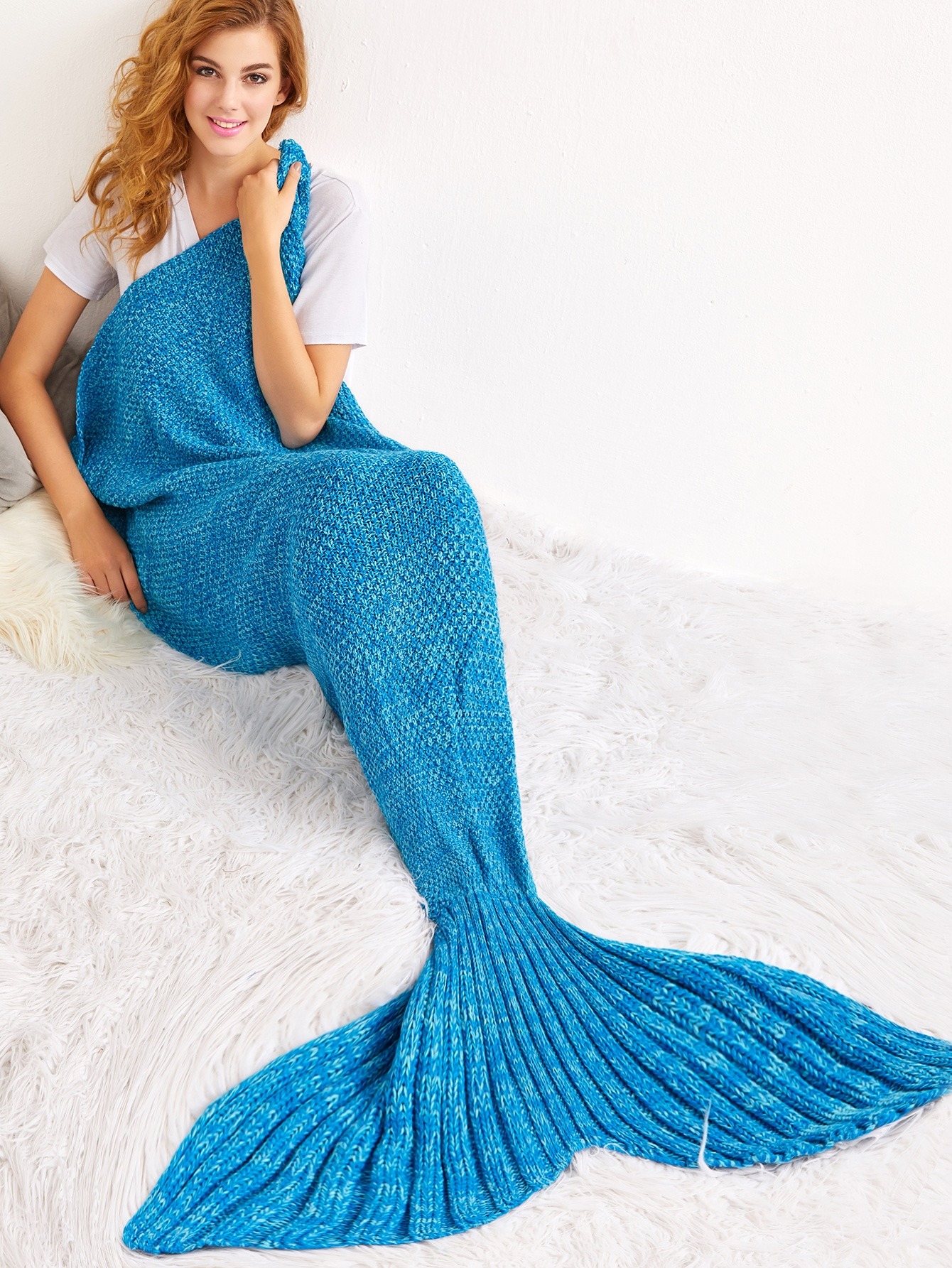 22$  Watch here - http://dicqs.justgood.pw/go.php?t=14699 - Blue Crochet Knit Mermaid Tail Blanket