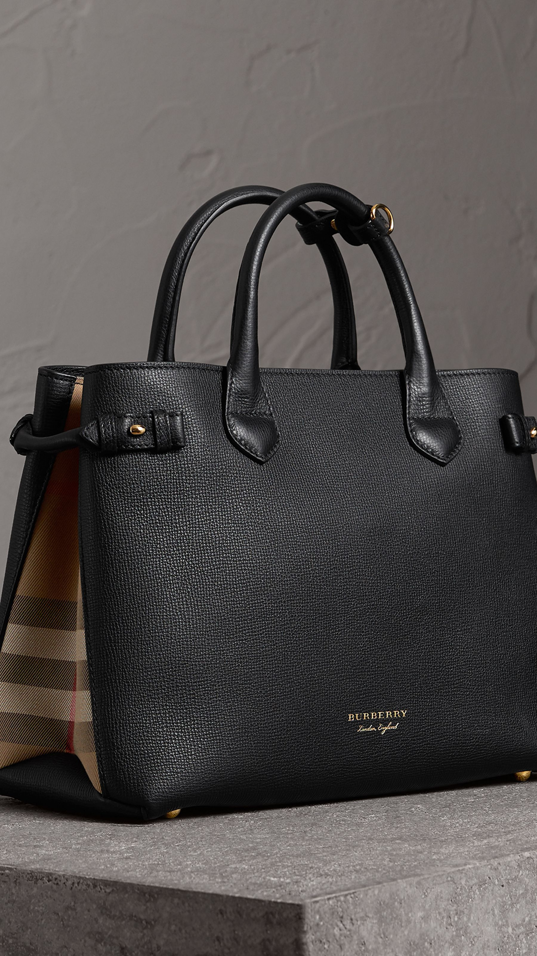 fd85c85694 The Medium Banner in Leather and House Check in Black - Women | Burberry  United States