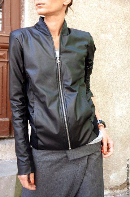 34f61315647 Купить или заказать Куртка Extravagant Black в интернет-магазине на Ярмарке  Мастеров. Экстравагантная короткая куртка жакет из качественной  искусственной ...