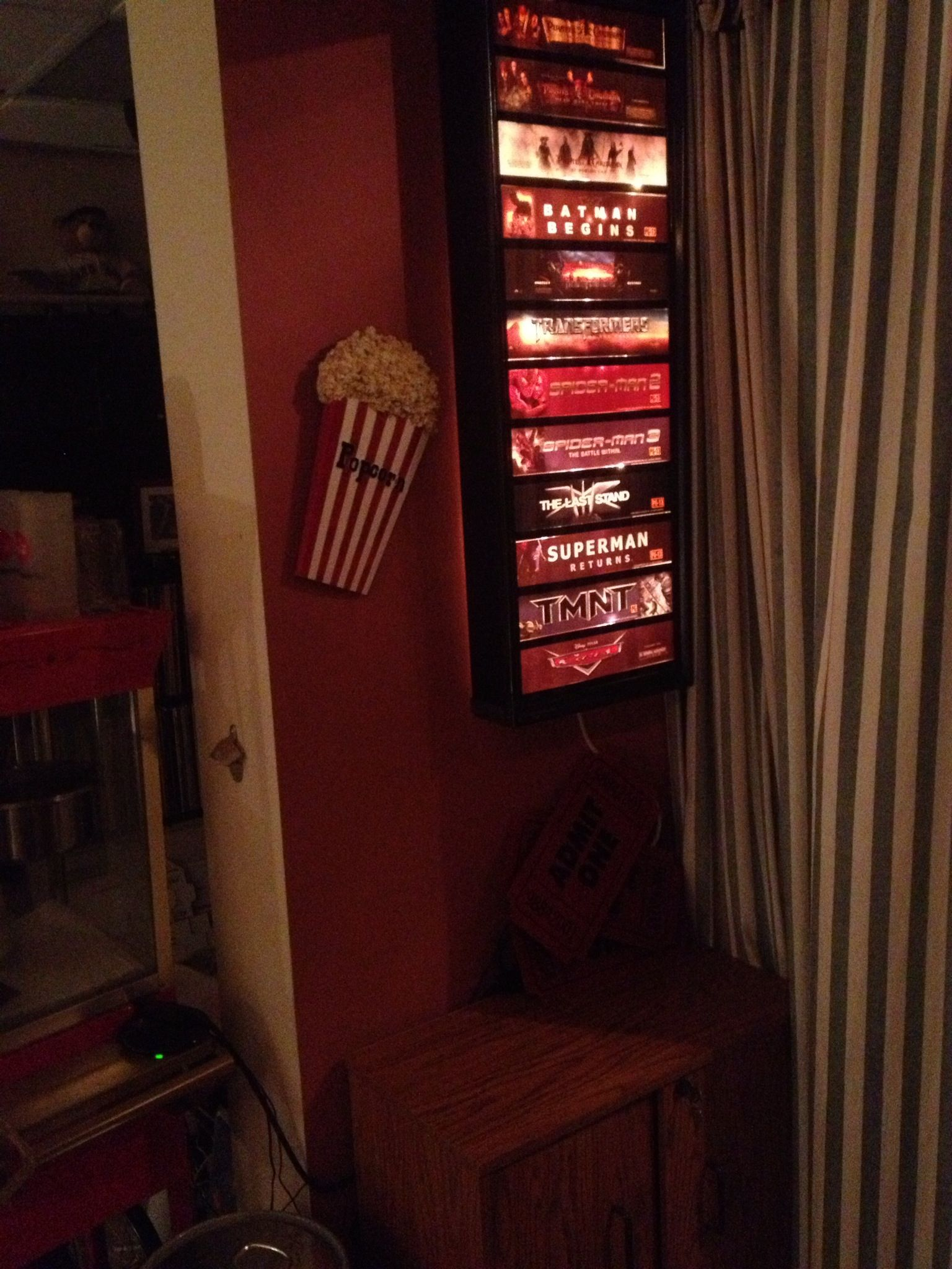 Custom movie mylar light box using framed plexiglass and a