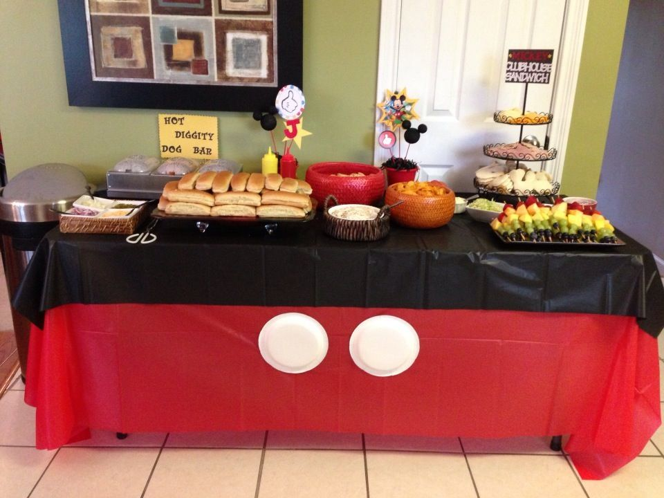 Perfect for the hot dog bar or the candy bar ! Mickey mouse themed !