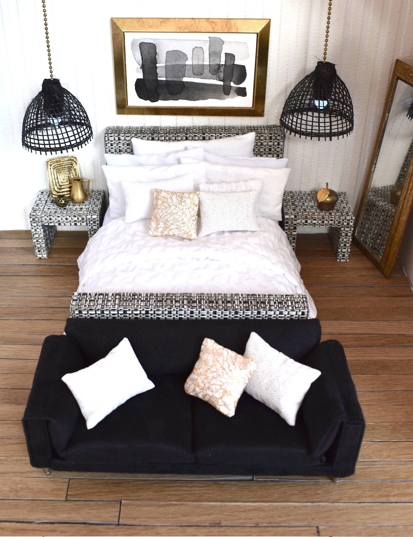 Dollhouse Furniture Iron Art Classical Big Bed 1:12 Miniature Bedroom Decor