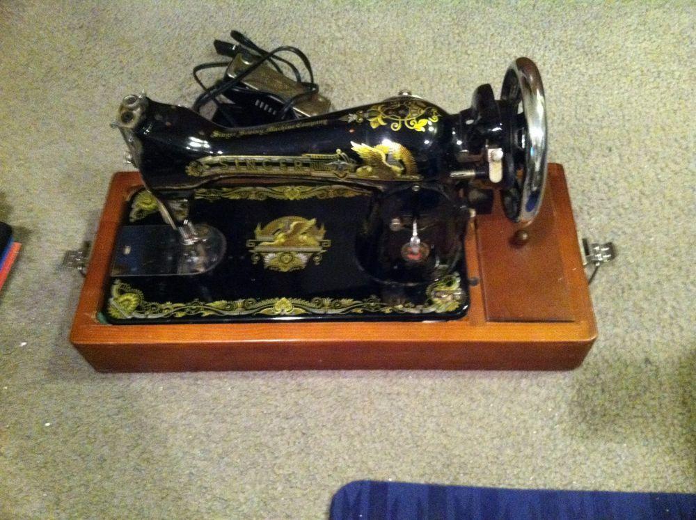 VINTAGE SINGER SEWING MACHINE IN ORIGINAL CARRY CASE IN ...