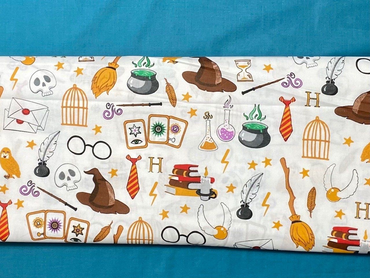 Cotton 100% Kids - Magic gadgets on a white background - Half Meter