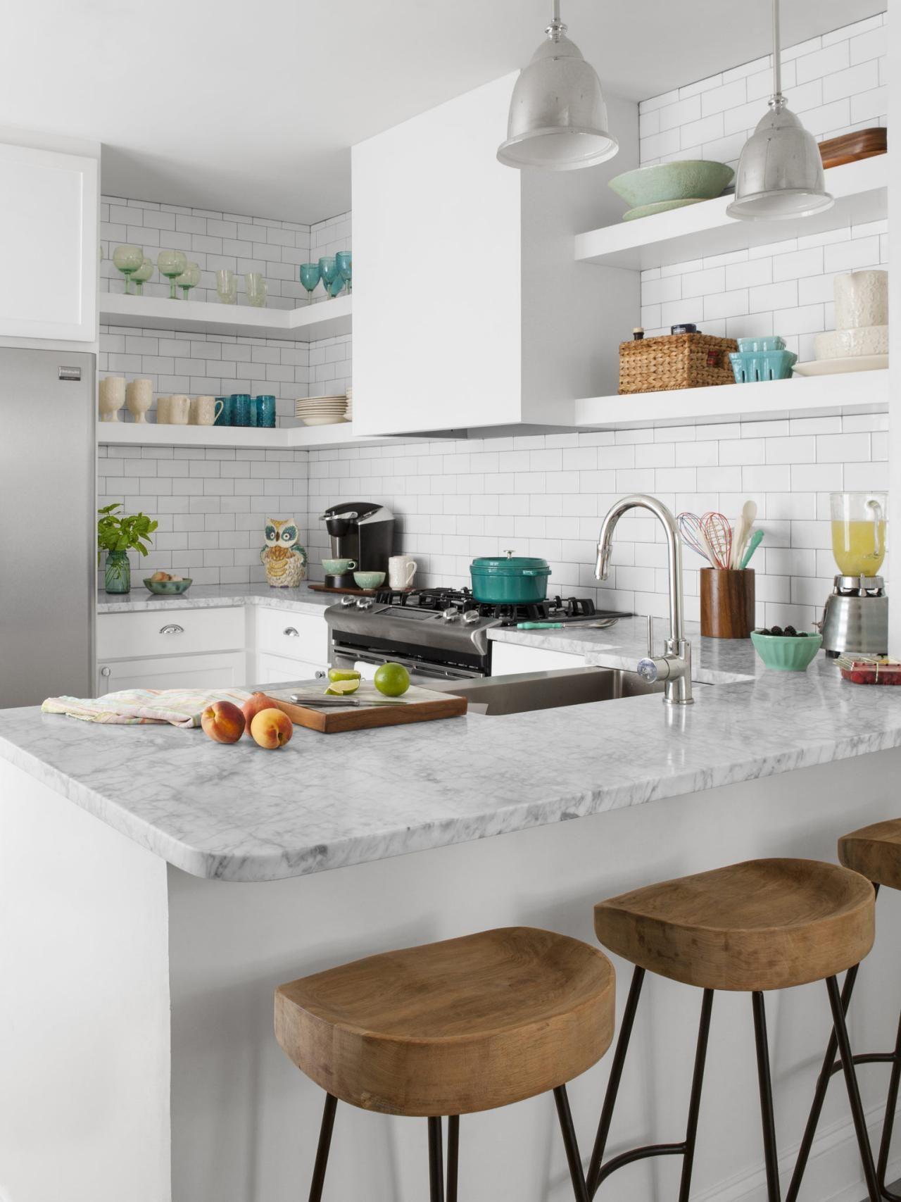 White Kitchen Islands   Kitchen remodel small, Small space kitchen ...