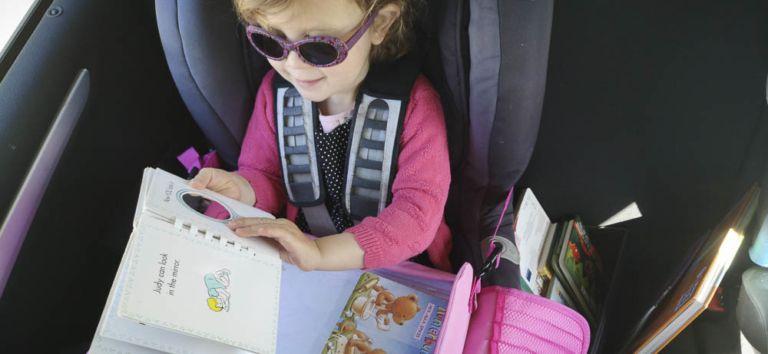Kinder im Auto beschäftigen: Der ultimative Leitfaden für