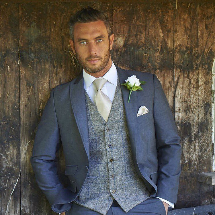 We Offer A Complete Personal Hire Service For Formal And Wedding Suits At Affordable Prices
