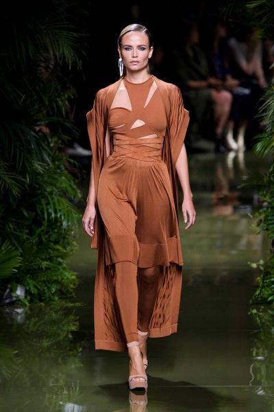 Paris Moda Haftası: Balmain - Fotoğraf 1 - InStyle Türkiye