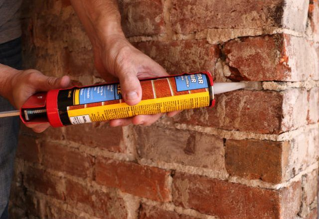 How To Remove Plaster From A Brick Chimney With Images Exposed Brick Fireplaces Brick Chimney Brick