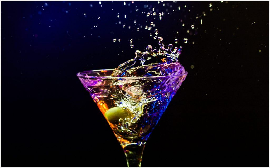 Cocktail Glass Hd Wallpaper Cocktail Glass Hd Wallpaper 1080p Cocktail Glass Hd Wallpaper Desktop Cocktai Cocktail Glass Colorful Drinks Colorful Cocktails