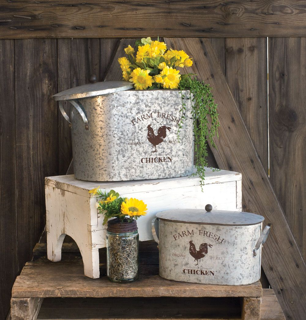 These beautiful baskets would be great in a kitchen, or