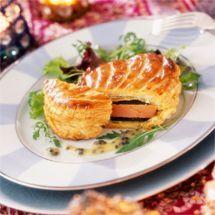 Recette de Petits feuilletés au foie gras et à la pomme par Francine. Découvrez notre recette de Petits feuilletés au foie gras et à la pomme, et toutes nos autres recettes de cuisine faciles : pizza, quiche, tarte, crêpes, Amuse-bouche de Noël, ... #amusebouchefacilerapide Recette de Petits feuilletés au foie gras et à la pomme par Francine. Découvrez notre recette de Petits feuilletés au foie gras et à la pomme, et toutes nos autres recettes de cuisine faciles : pizza, quiche, tart #amusebouchefacile