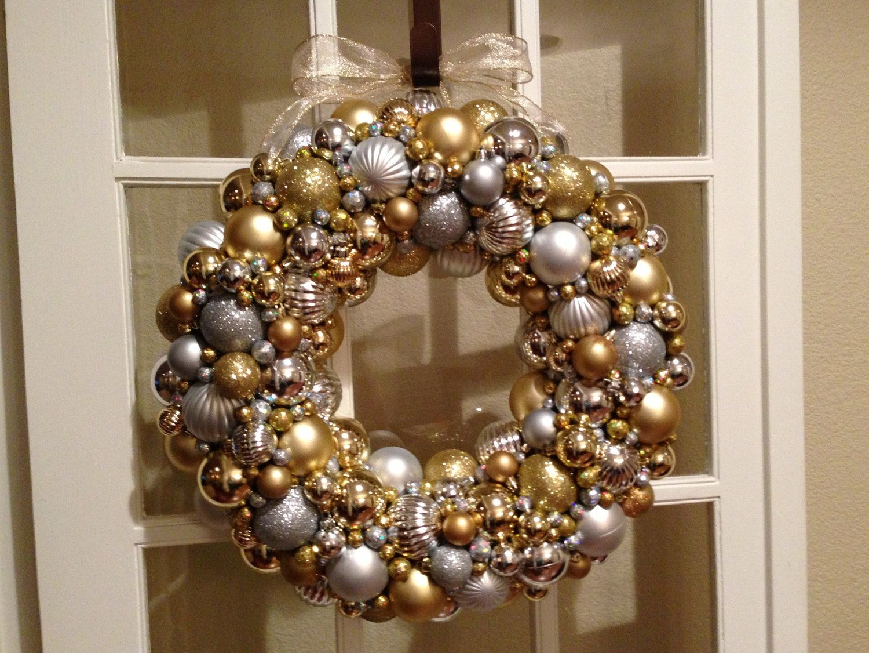 22 Gold Silver Christmas Ornament Wreath 105 00 Via Etsy Silver Christmas Ornaments Christmas Ornament Wreath Ornament Wreath