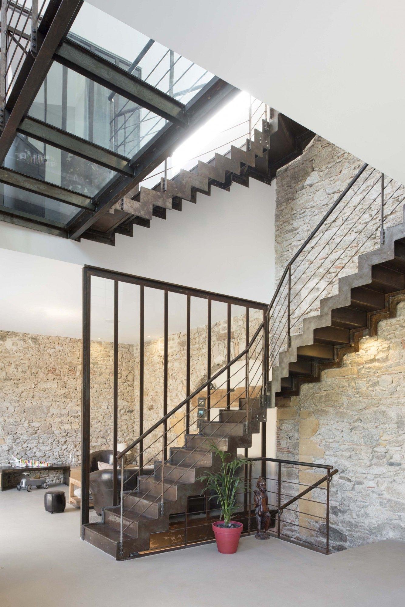 escalier m tallique r novation d 39 un espace de vie dans le. Black Bedroom Furniture Sets. Home Design Ideas