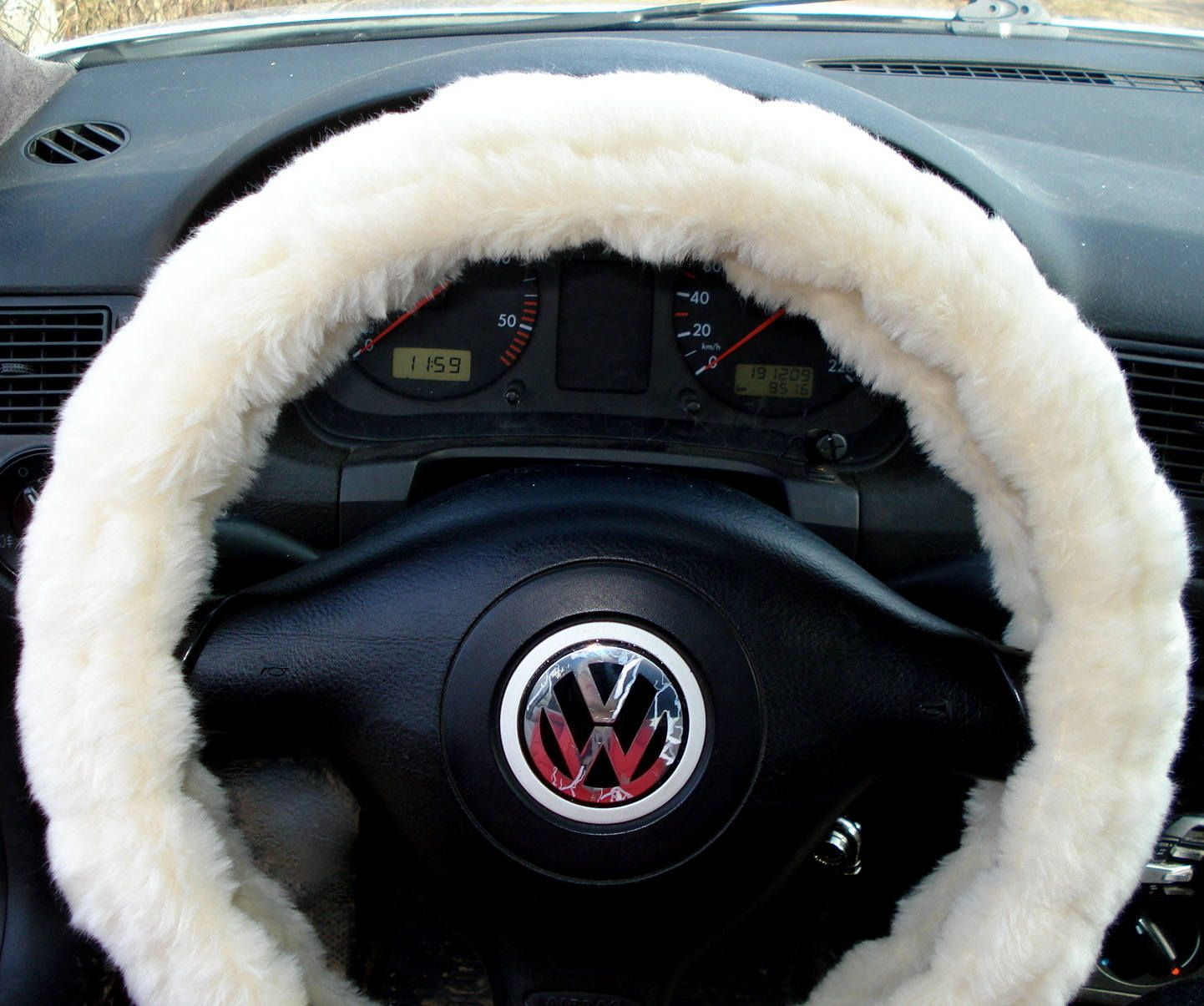 fuzzy car accessories, steering wheel cover, gear shift knob cover