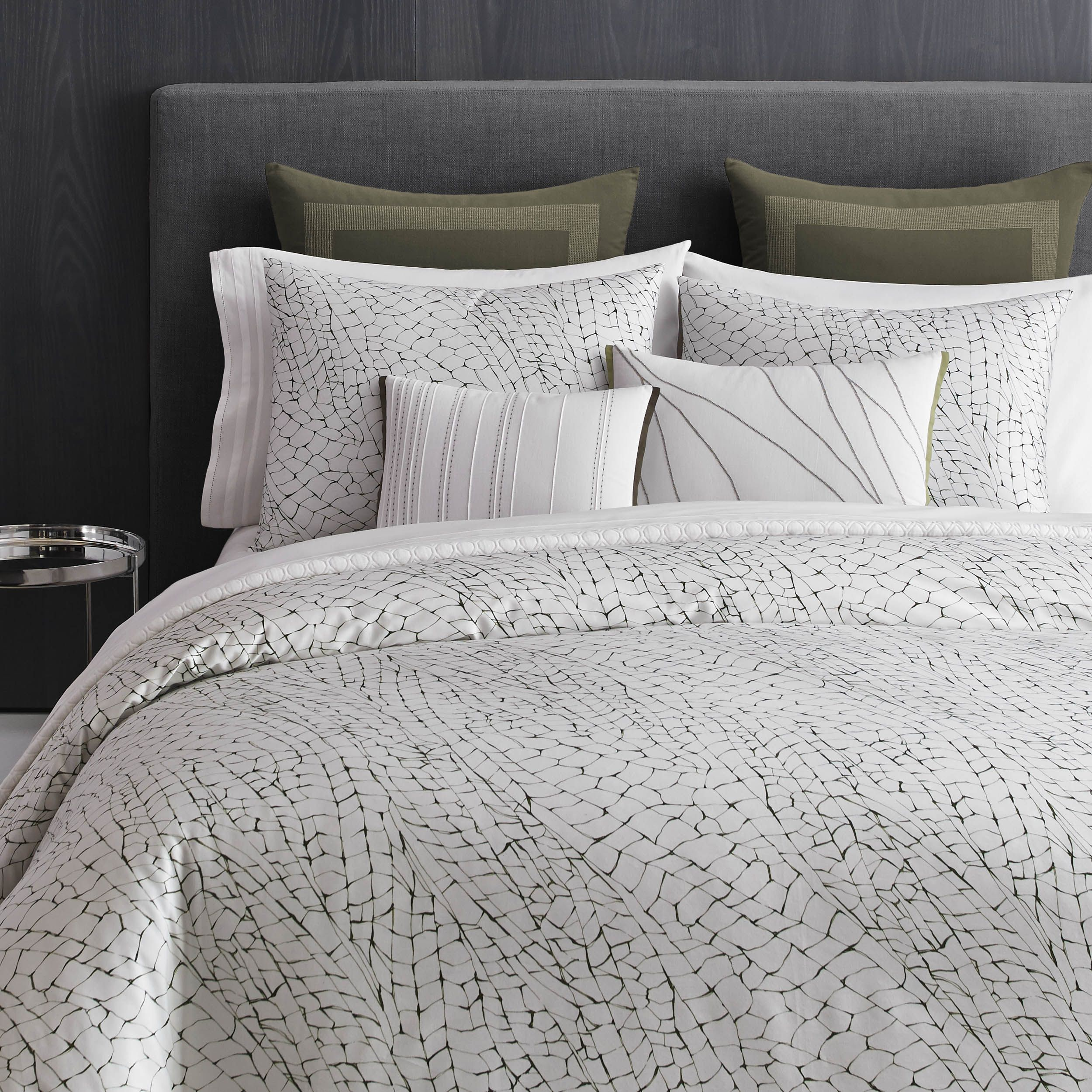 Modern Sophisticated Bedding From Vera Wang Modern Bed Bed