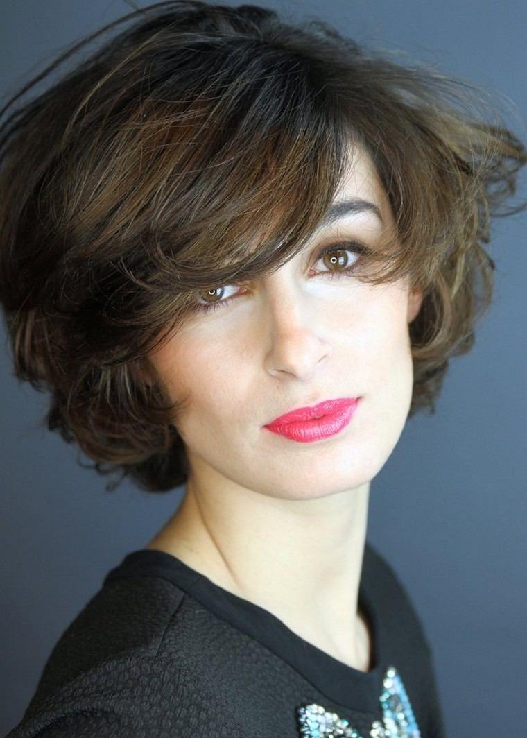 Bob: Mehr Als 20 Ideen In Inspirierenden Bildern Für Einen Modernen  Haarschnitt #bildern #