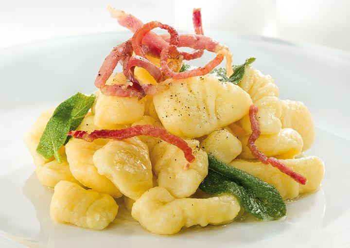 Condividi la ricetta: Gnocchi di patate con burro fuso e speck