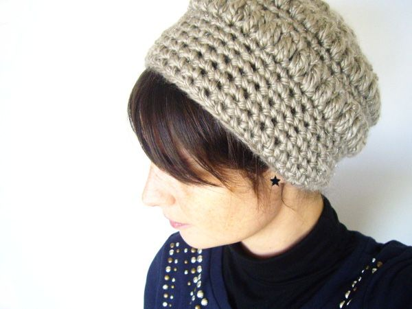 la mercerie du faubourg aime ce tuto de bonnet au crochet 8 o crochet o pinterest. Black Bedroom Furniture Sets. Home Design Ideas