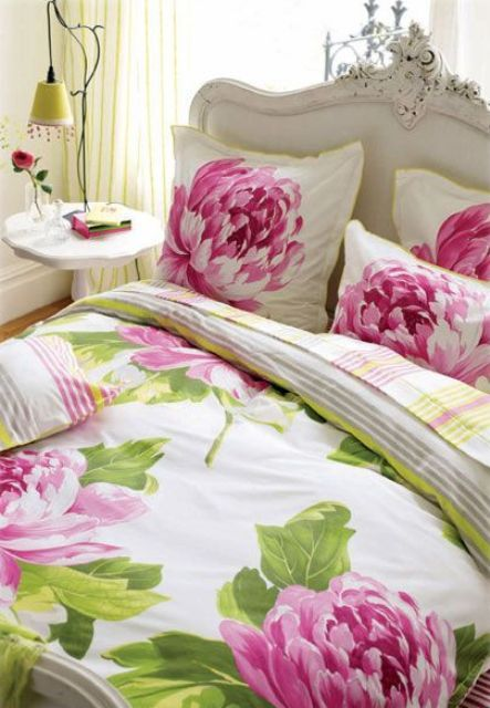 Oversized Pink Peony Flower Bedding With Green Leaves For A Bold Look Designers Guild Home Bed Design