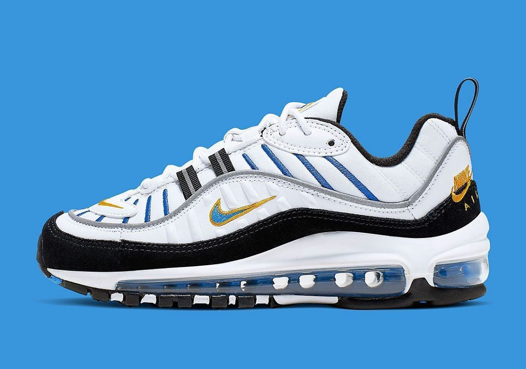 Nike Airmax 98 x Essential . These are such a nice colour