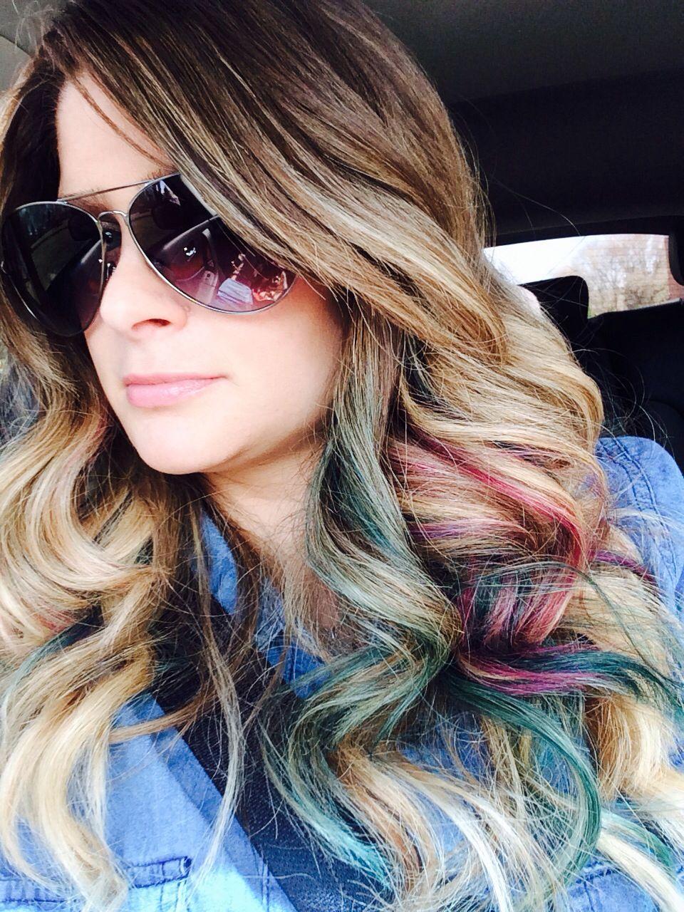 Цветные пряди волос фото на русые волосы