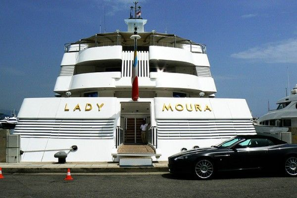 Lady Moura Defined By Her 24k Gold Lettering: http://SuccessAndLuxury.com/lady-moura-defined-by-her-24k-gold-lettering