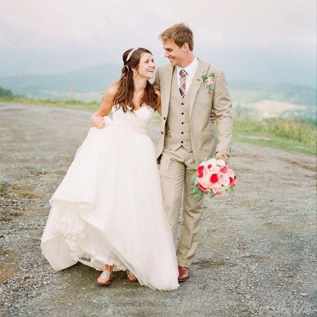 A Natural, Elegant Wedding In Banner Elk, NC