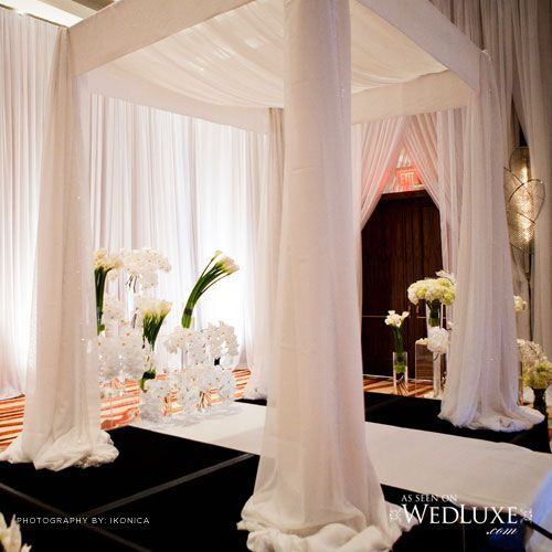 Jewish Wedding Altar: An Absolutely Stunning Alter / Chuppah In All White Sheer