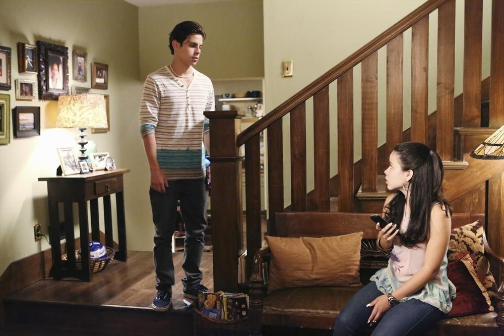 The Fosters: 1x08: Jesus and Mariana