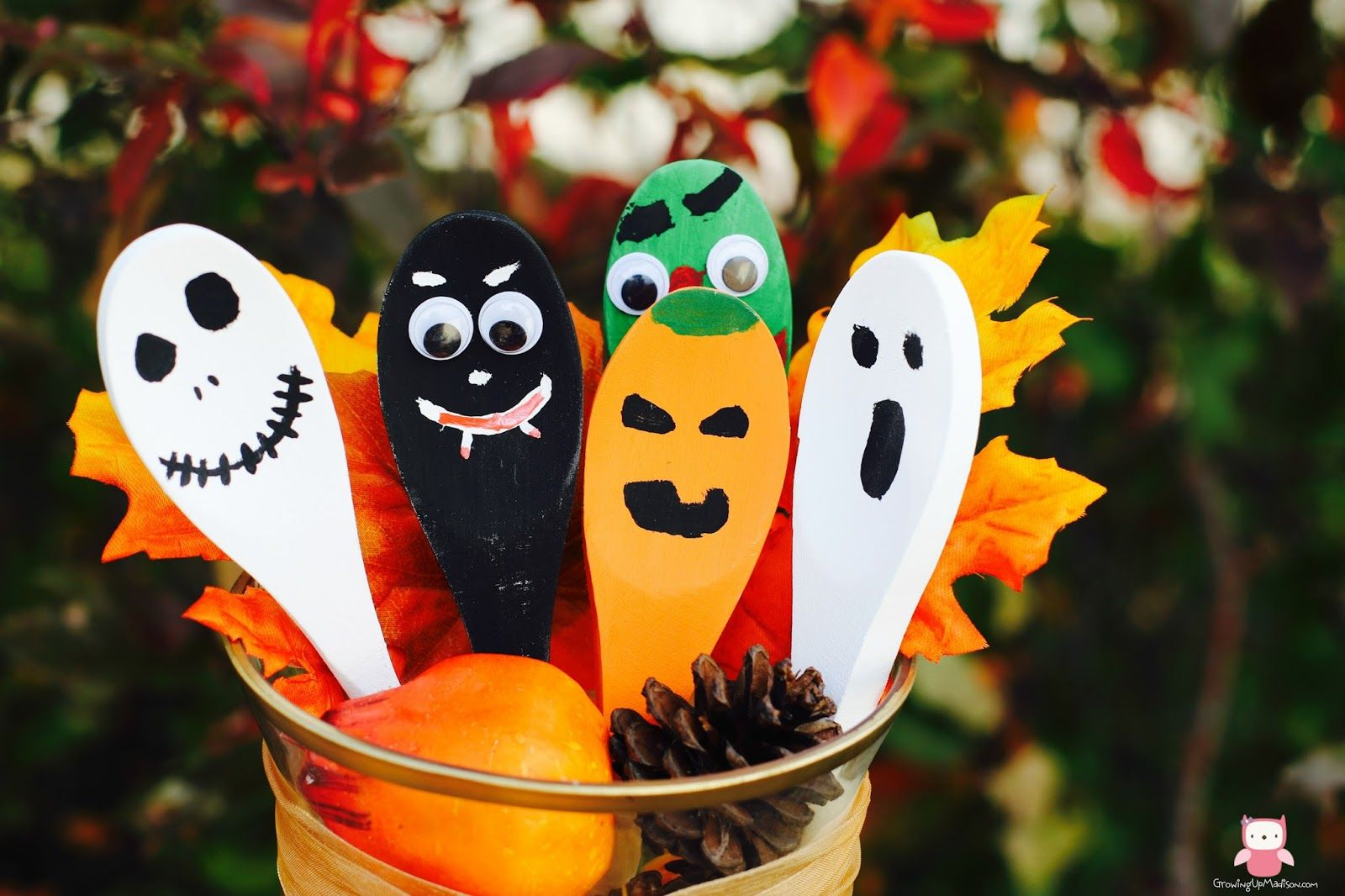 Classic Halloween Wooden Spoons Fall crafts, Crafts