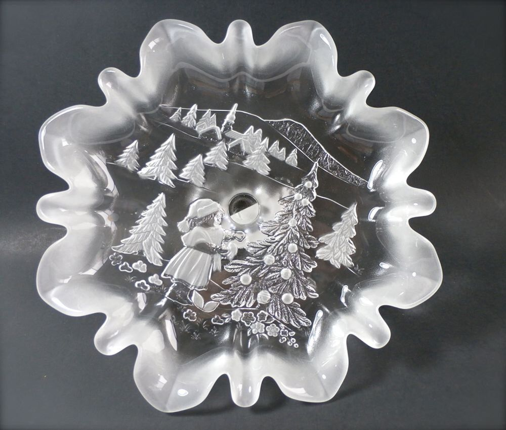 Mikasa Christmas Scene Crystal Footed Platter - Cake Plate - Frosted ...