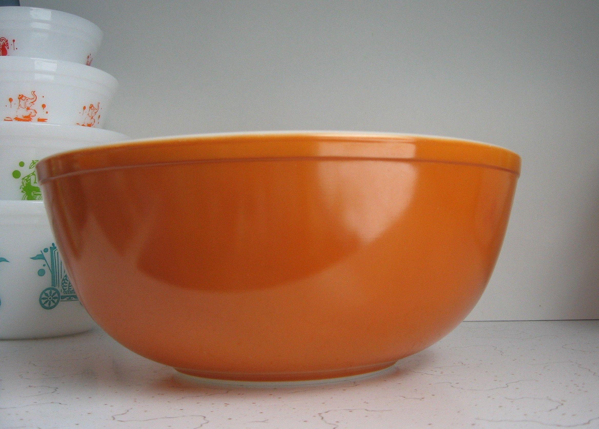 Pyrex burnt orange mixing bowl #404. | Vintage~*~Kitchenware ...