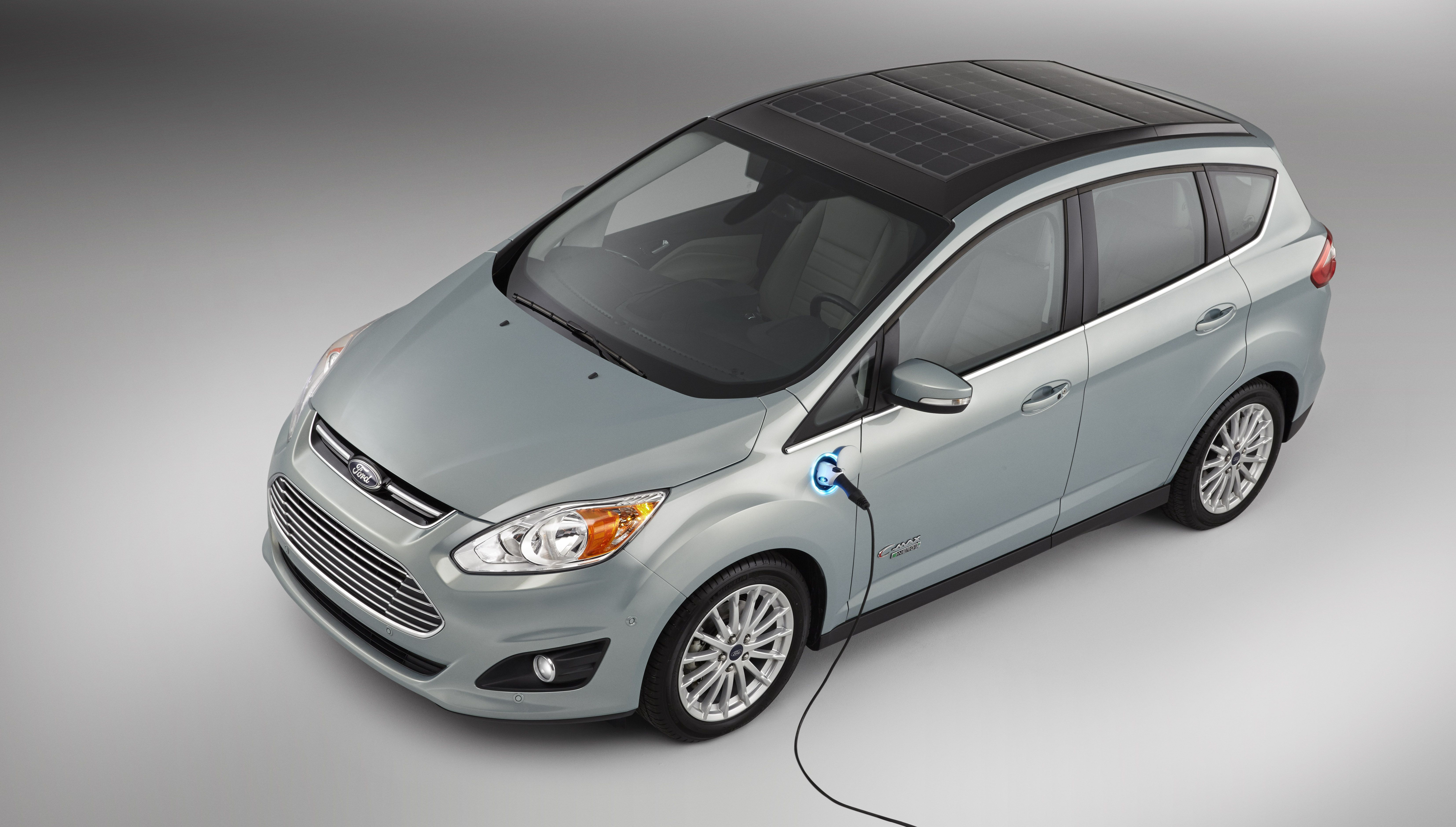 Moving Beyond The Grid To The Sun Ford S C Max Solar Energi