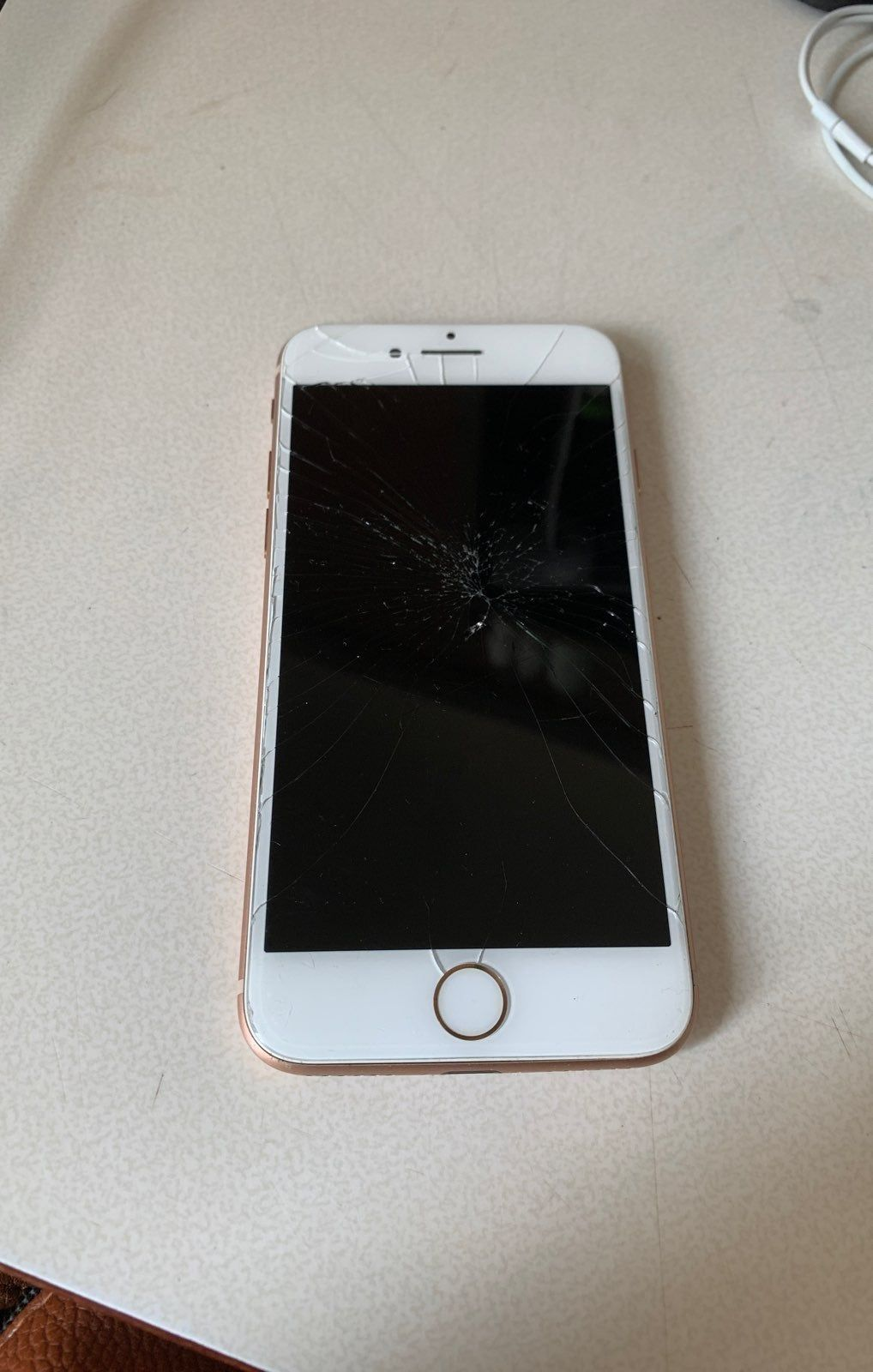Selling This Rose Gold Iphone 8 For Parts Front And Back