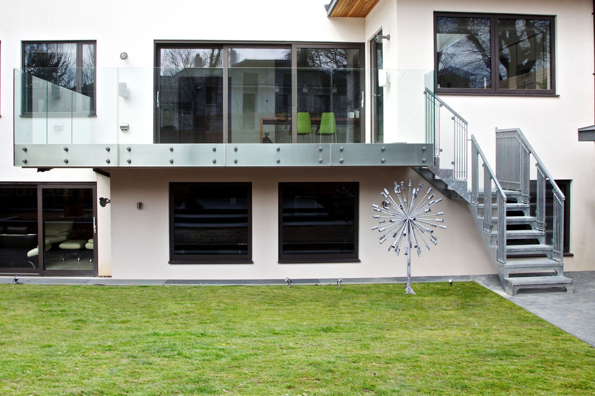 Best External Metal Staircase And Balcony Framed With Glass 400 x 300