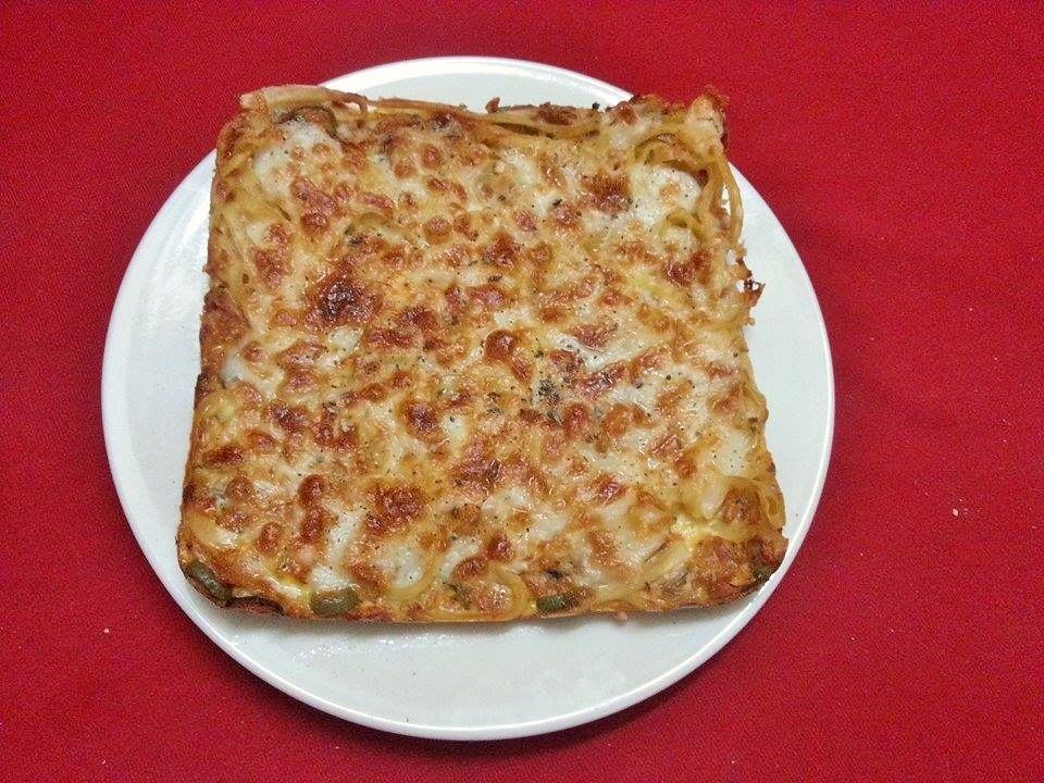 بيتزا المكرونة مج لاتيه Food Bread Matzo