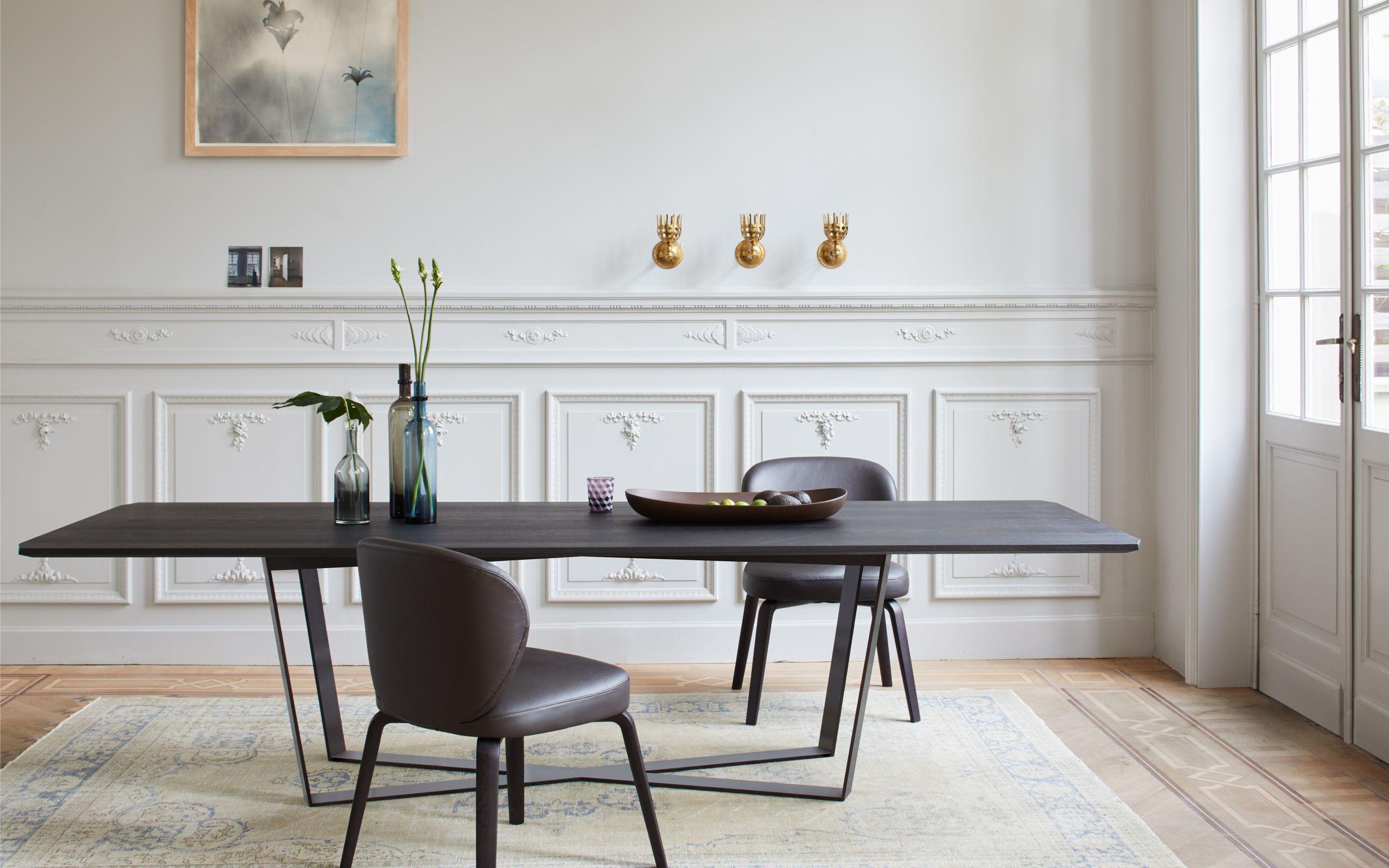 Altbauwohnung einrichten mit more Möbeln langer Esstisch