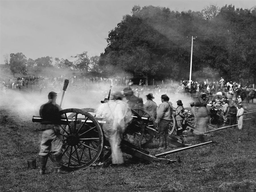 Photographer brings Civil War to life with centuriesold