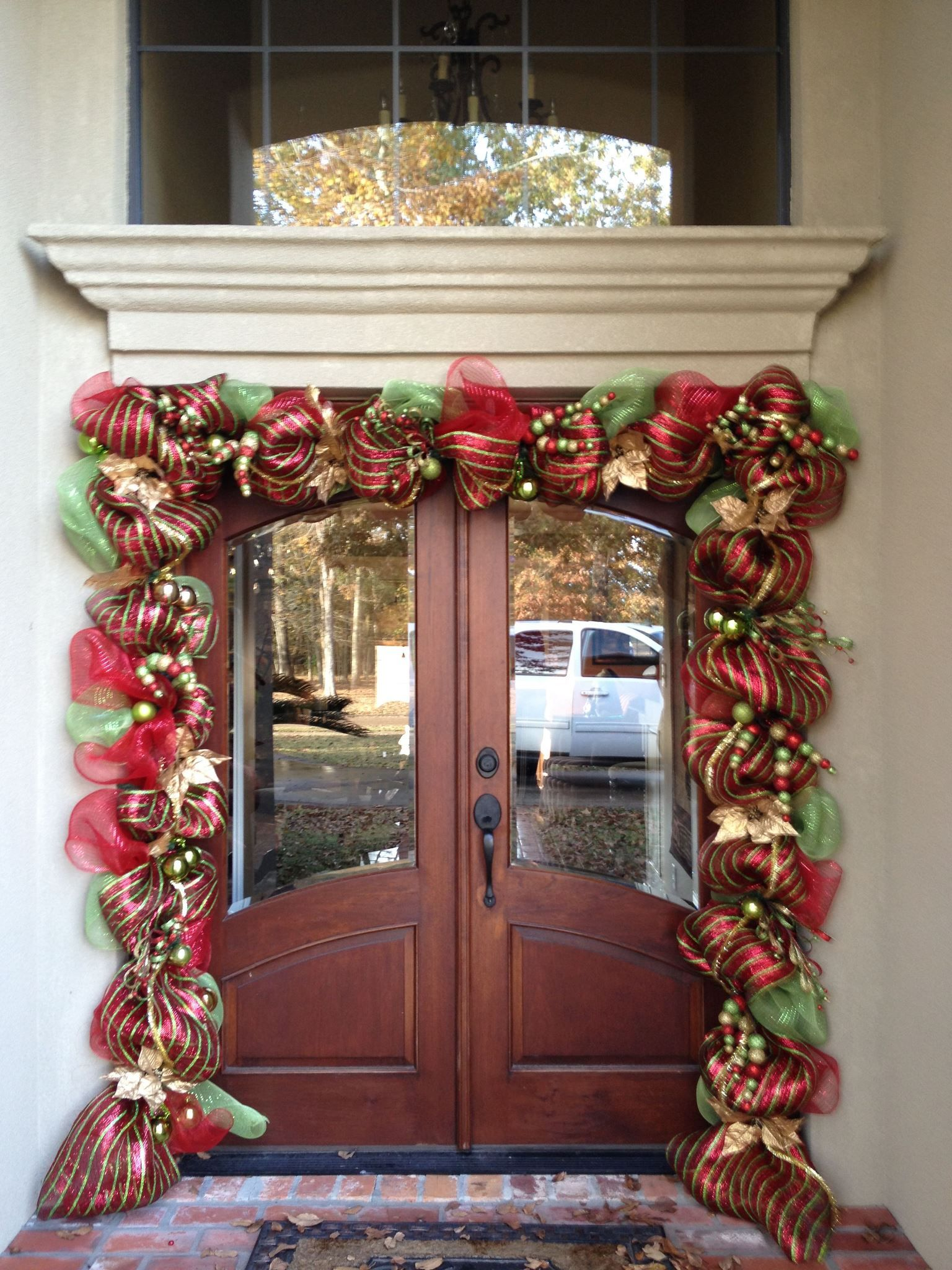 Christmas door garland | Christmas Ideas | Pinterest ...