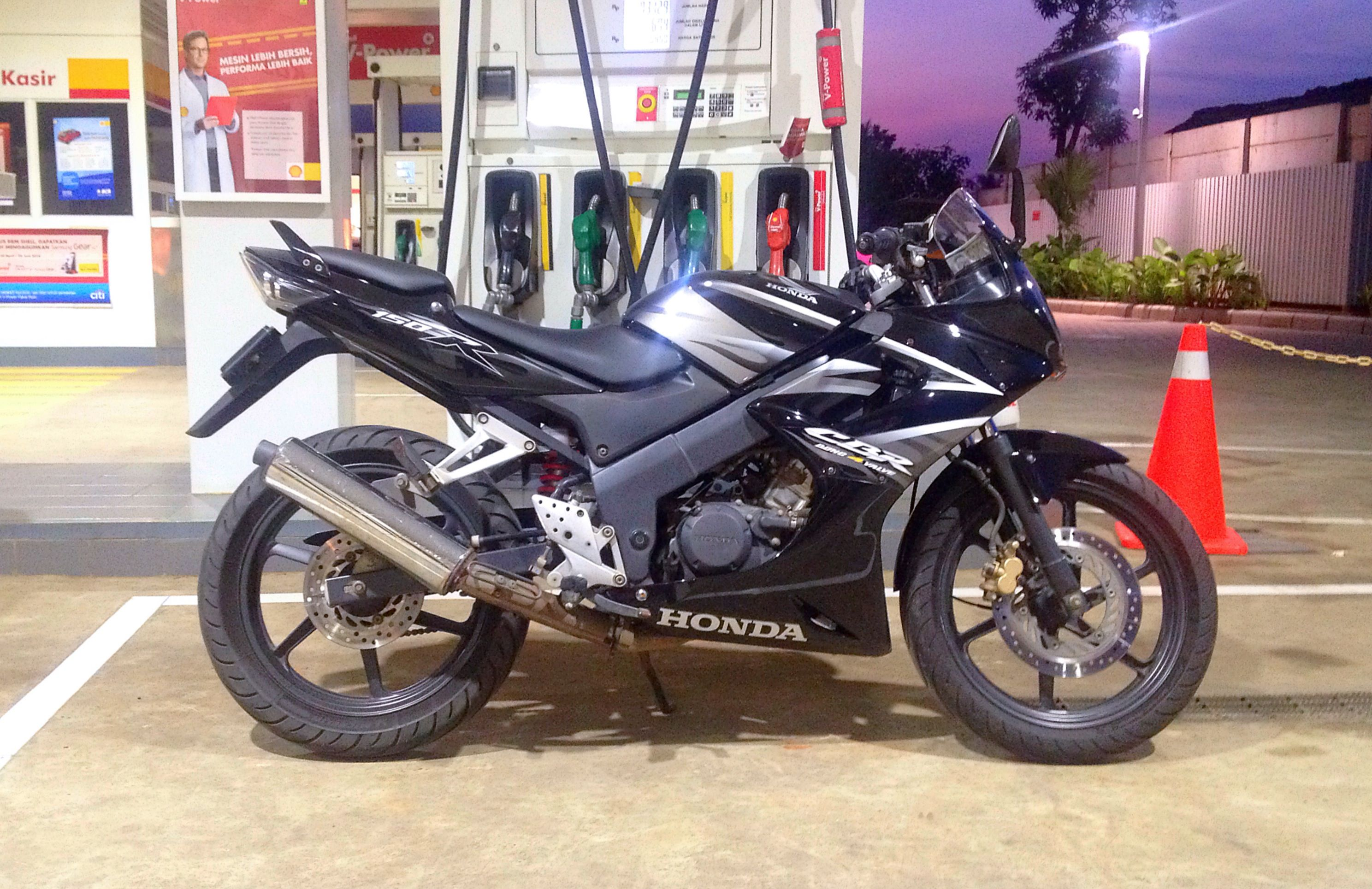 Sythm 2007 Cbr 150r Top Gear Pinterest Gears And Cars Cover Shock Motorcycles