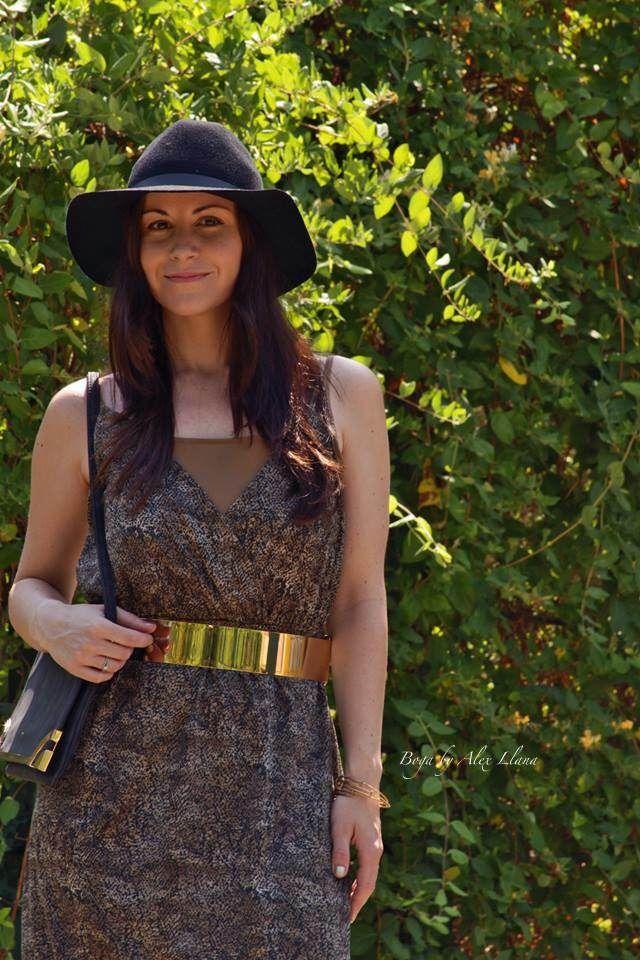 Summer night 26-6-2014  Vestido / Dress: Mango;  Sandalias / Sandals: Mango;  Sombrero / Hat: H&M